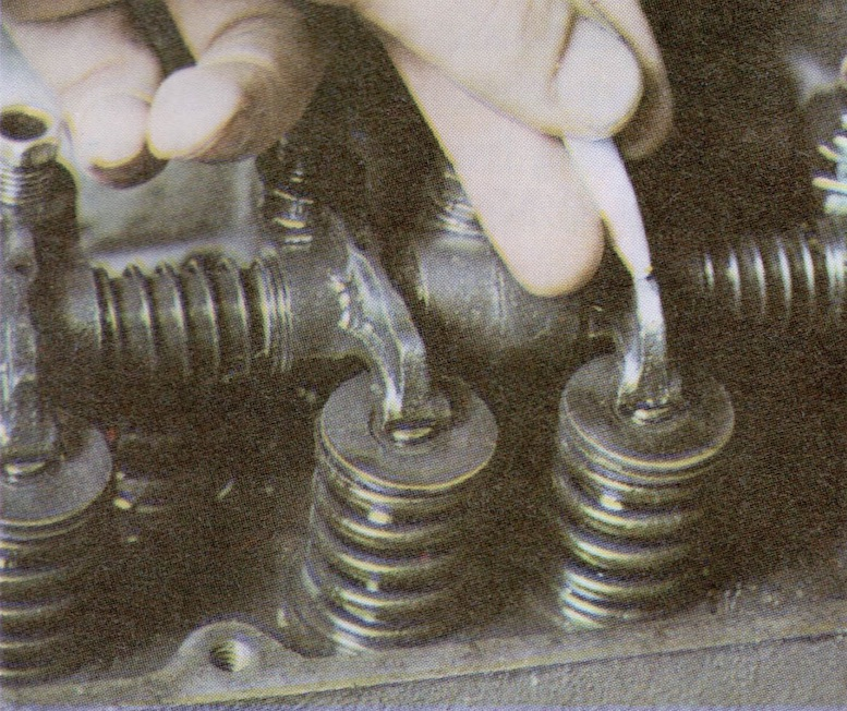 To remind yourself which of the valve clearances you have checked. it is a good idea to mark each rocker arm with a crayon